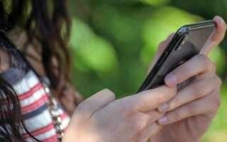 Adolescenti: meglio WhatsApp che dal vivo