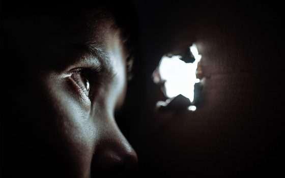 La Five Eyes invoca una backdoor per i dispositivi
