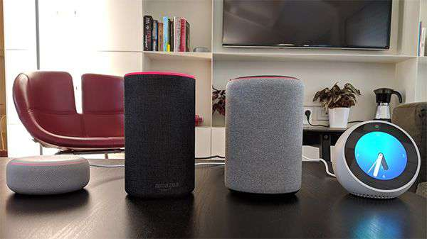 La gamma di dispositivi Amazon Echo che fa il suo debutto in Italia, accompagnata dall'assistente virtuale Alexa