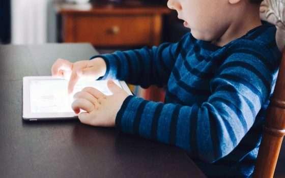 Applicazioni per bambini e advertising: l'allarme