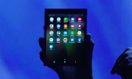 samsung smartphone pieghevole Infinity Flex 3