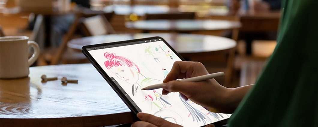 iPad Pro si piega, ma per Apple non è un difetto