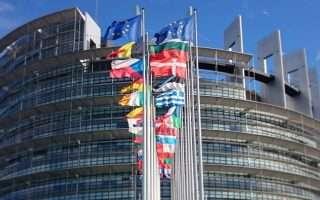 4 milioni di firme per contestare l'articolo 13