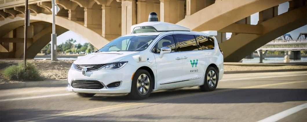 Guida autonoma: il servizio Waymo One a Phoenix