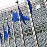 Europa e auto connesse: WiFi o 5G come standard?