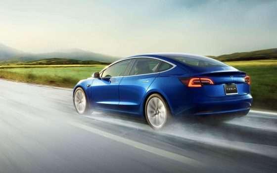 Auto elettriche: la Tesla Model 3 arriva in Europa