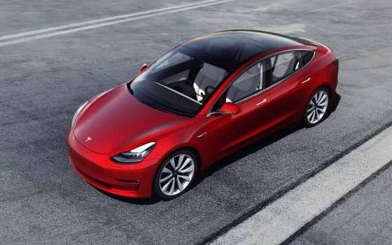 Gli hacker di Pwn2Own bucheranno la Tesla Model 3
