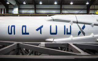 SpaceX licenzia il 10% dei suoi dipendenti