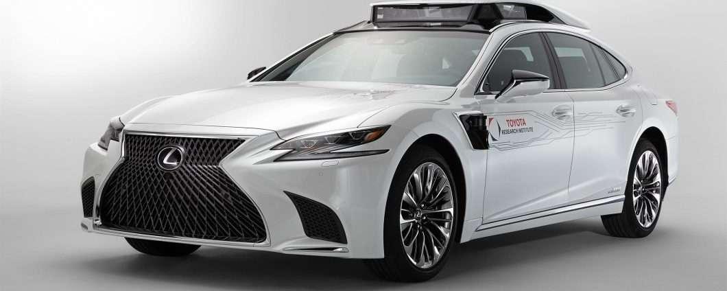 La piattaforma P4 di Toyota per la guida autonoma