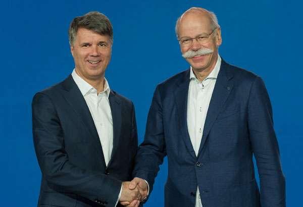 Stretta di mano tra BMW e Daimler per progetti legati a nuove forme di mobilità