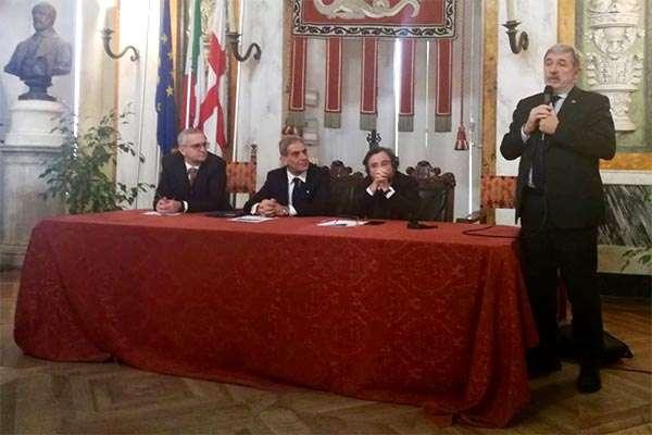Marco Bucci, sindaco di Genova, durante la conferenza di presentazione del progetto