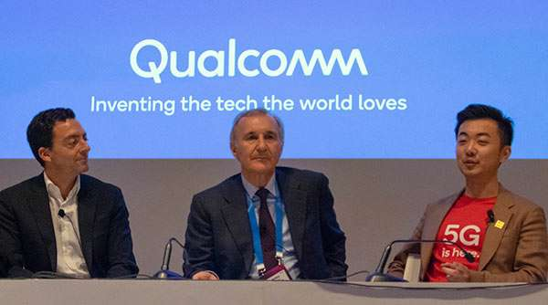 Carl Allera (BT EE), Enrico Salvatori (Qualcomm), Carl Pei (OnePlus)