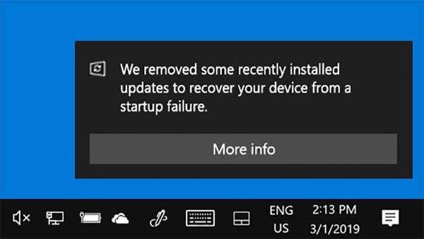 La notifica di Windows 10 che avvisa dell'avvenuto rollback