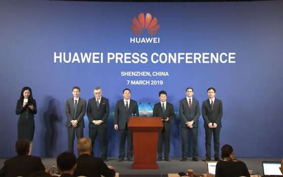 Huawei fa causa agli Stati Uniti: scontro frontale