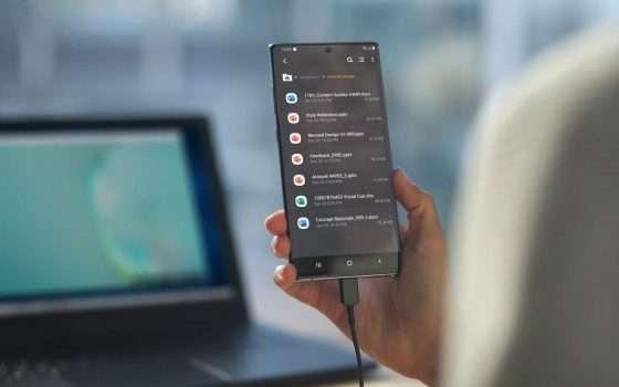 Samsung Galaxy Note10: per DeX ora basta un cavo