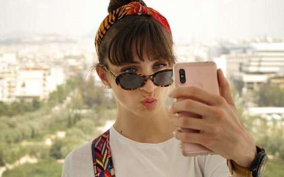 Anatomia di un selfie: a chi interessa davvero?