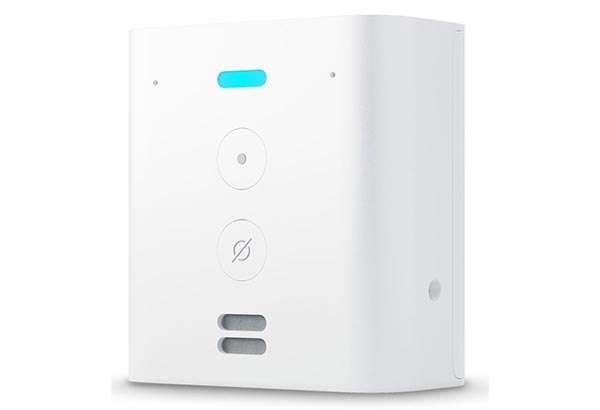Amazon Echo Flex, presa intelligente con Alexa e speaker integrato