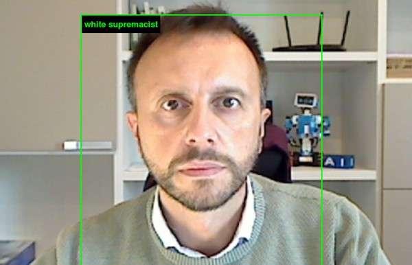 L'IA giudica un selfie