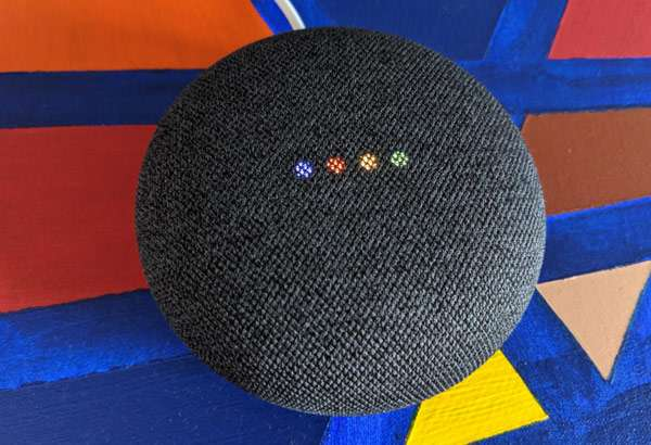 Lo smart speaker Nest Mini con Assistente Google integrato
