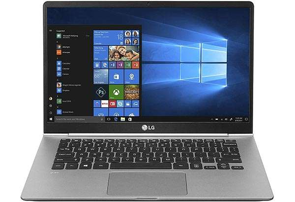 Il laptop LG Gram 14Z990 con display da 14 pollici