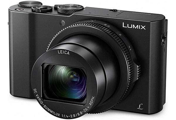 La fotocamera Panasonic Lumix DMC-LX15