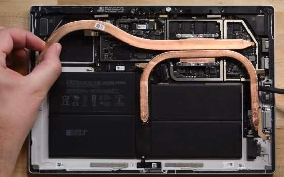 Microsoft Surface Pro 7 è difficile da riparare