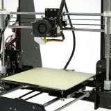 Una stampante 3D a 85 euro su eBay, dall'Italia