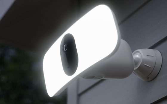 CES 2020: Arlo Pro 3 Floodlight per la sorveglianza