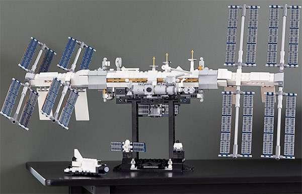 Il modello LEGO della Stazione Spaziale Internazionale