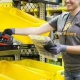 Amazon: le mascherine per tutti i dipendenti