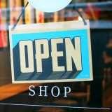 Facebook: gift card e altro a supporto delle PMI
