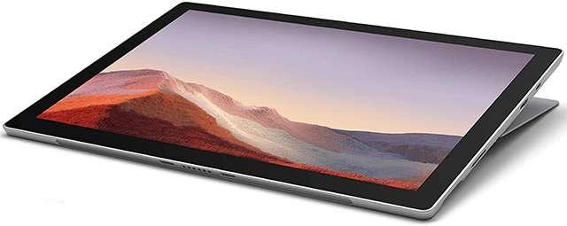 Il Surface Pro 7 di Microsoft