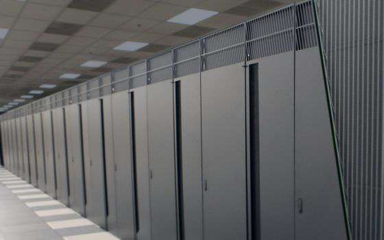 Attaccano supercomputer per minare criptovalute