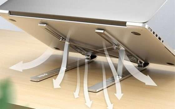Supporto laptop regolabile in alluminio a € 25,99
