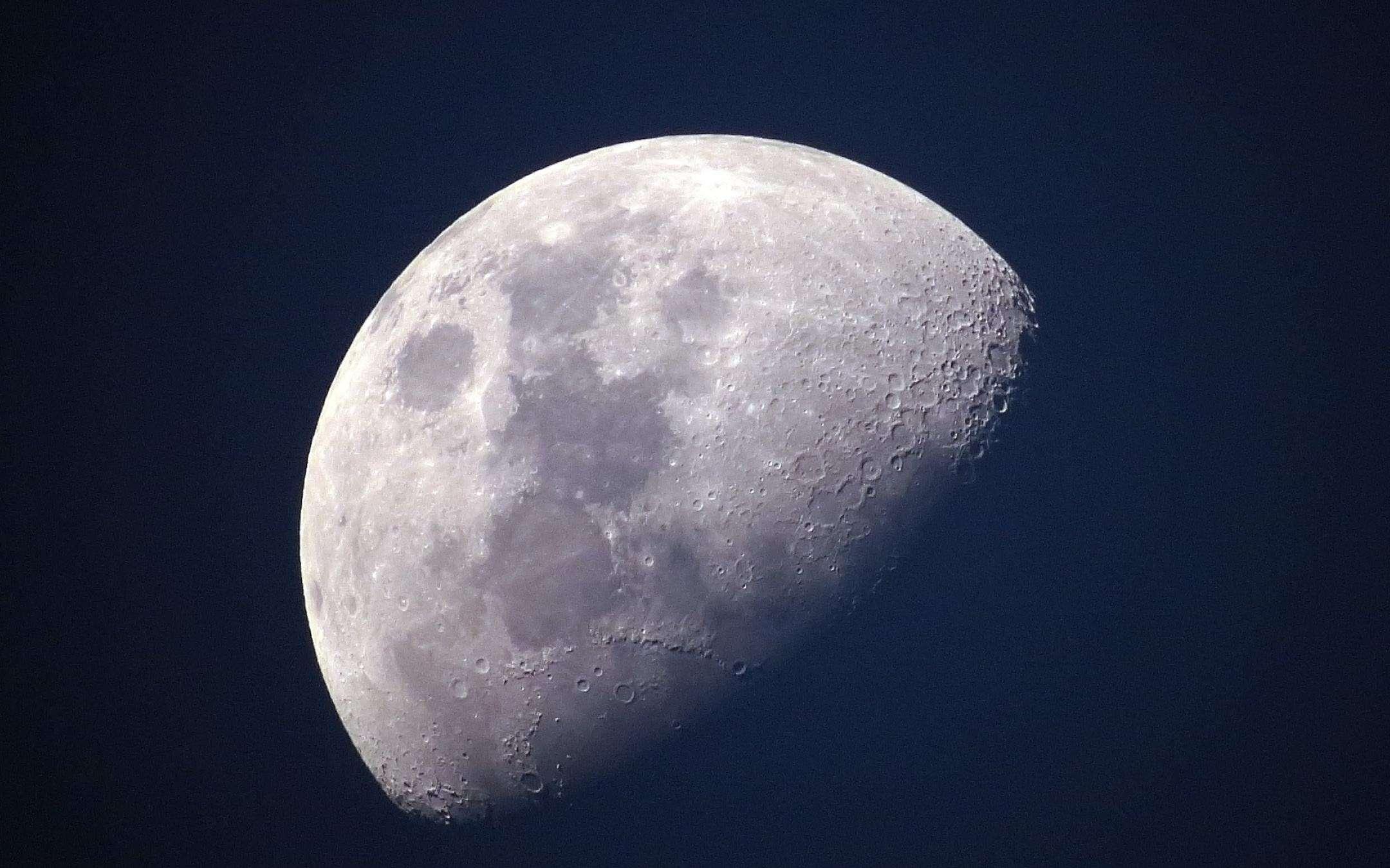 A piece of Luna for Joe Biden's office