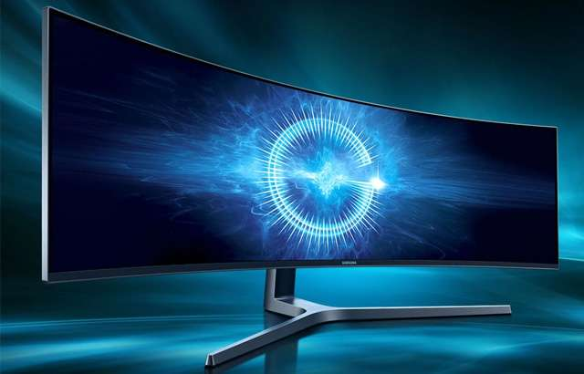 Il monitor Samsung C49HG90 da 49 pollici, ultrawide e curvo