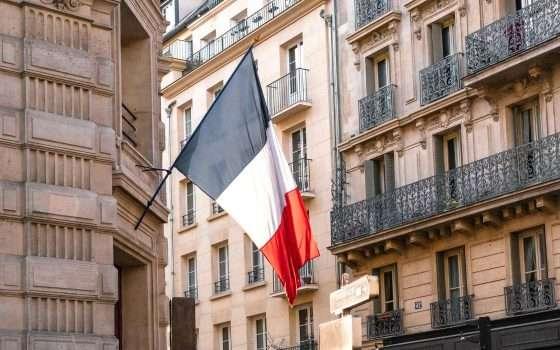 5G: Francia conferma il coinvolgimento di Huawei