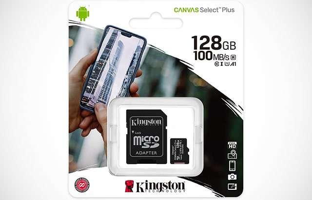 La scheda microSD di Kingston da 128 GB con adattatore per slot SD