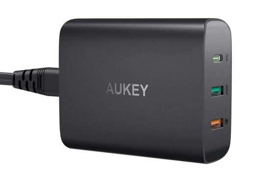 Caricabatteria USB-C al 50% di sconto su Amazon