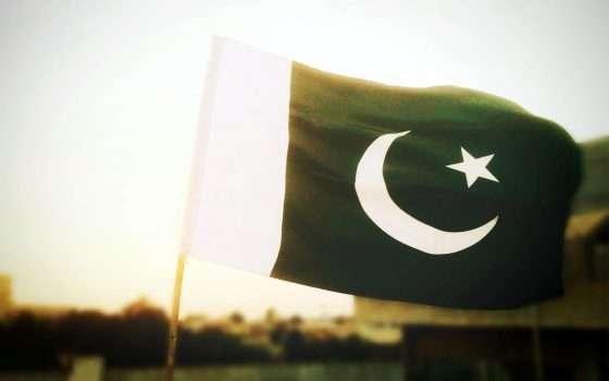 Tinder e Grindr bloccati in Pakistan: immorali