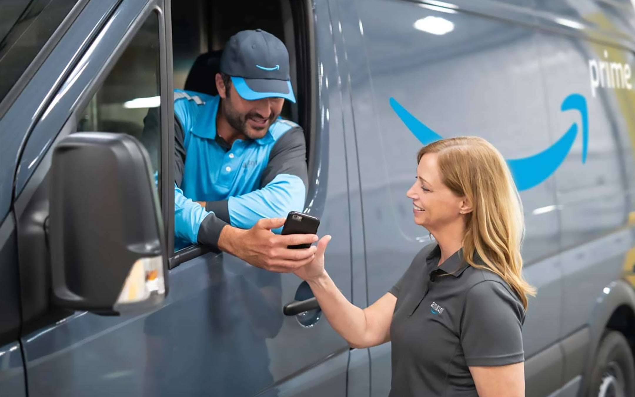 Amazon invests in new delivery providers