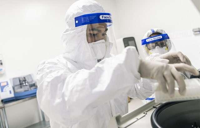 Test per COVID-19 nei laboratori approntati da Amazon