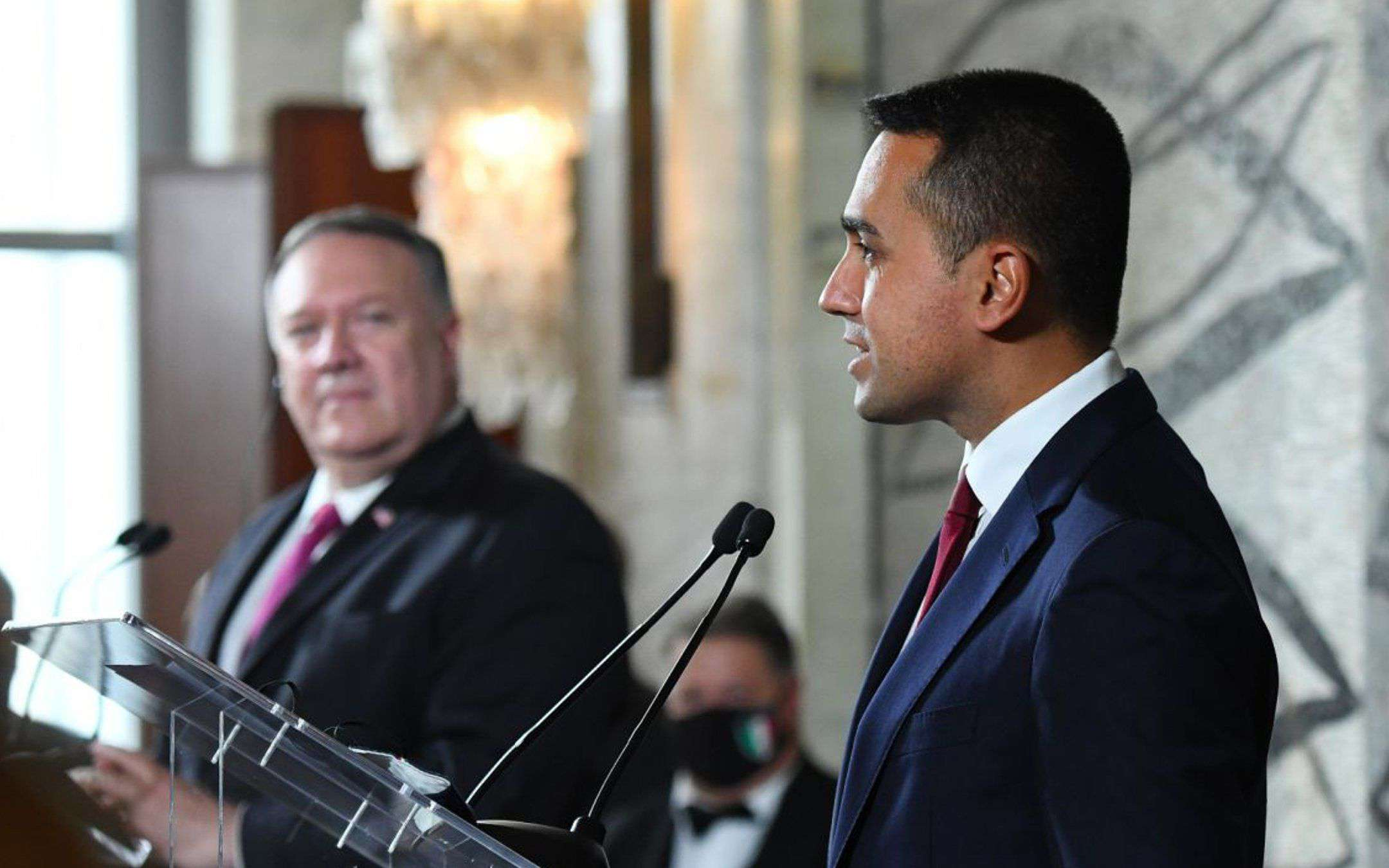 Di Maio meets Mike Pompeo: at the center is 5G