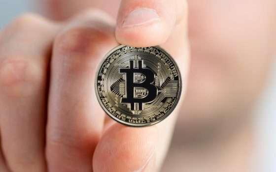 Bitcoin vola: mai così in alto da tre anni