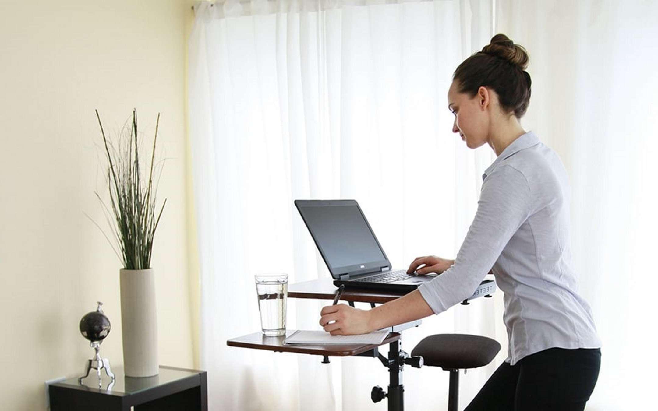 The best adjustable standing desks, for standing work