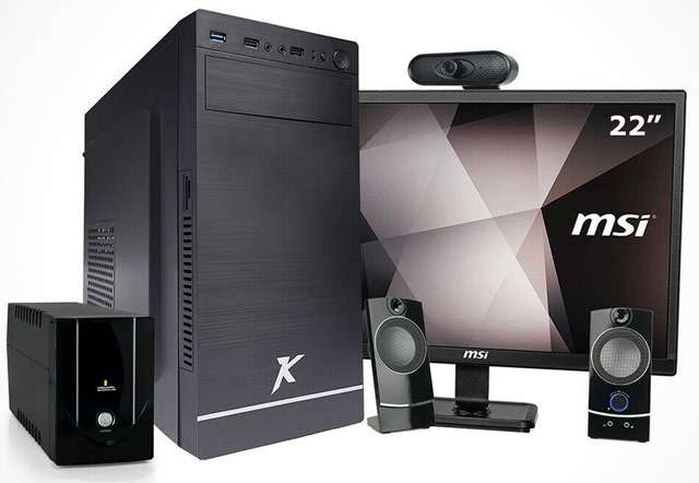 PC desktop completo di tutto in offerta su eBay