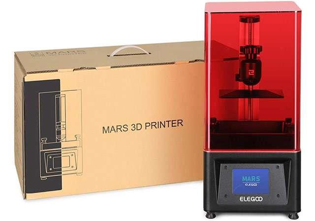 La stampante 3D a resina di ELEGOO, modello Mars