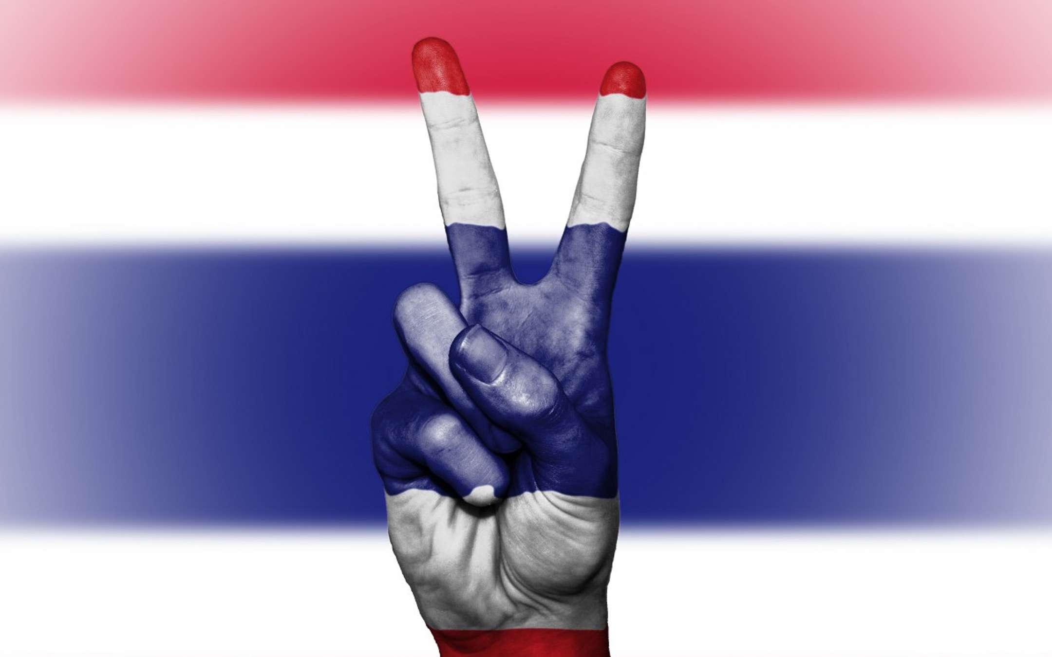 La Thailandia blocca il porno, popolo in rivolta