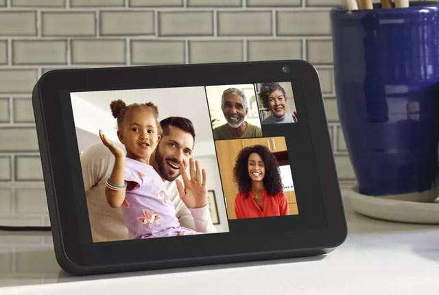 Videochiamate di gruppo sui dispositivi Amazon Echo