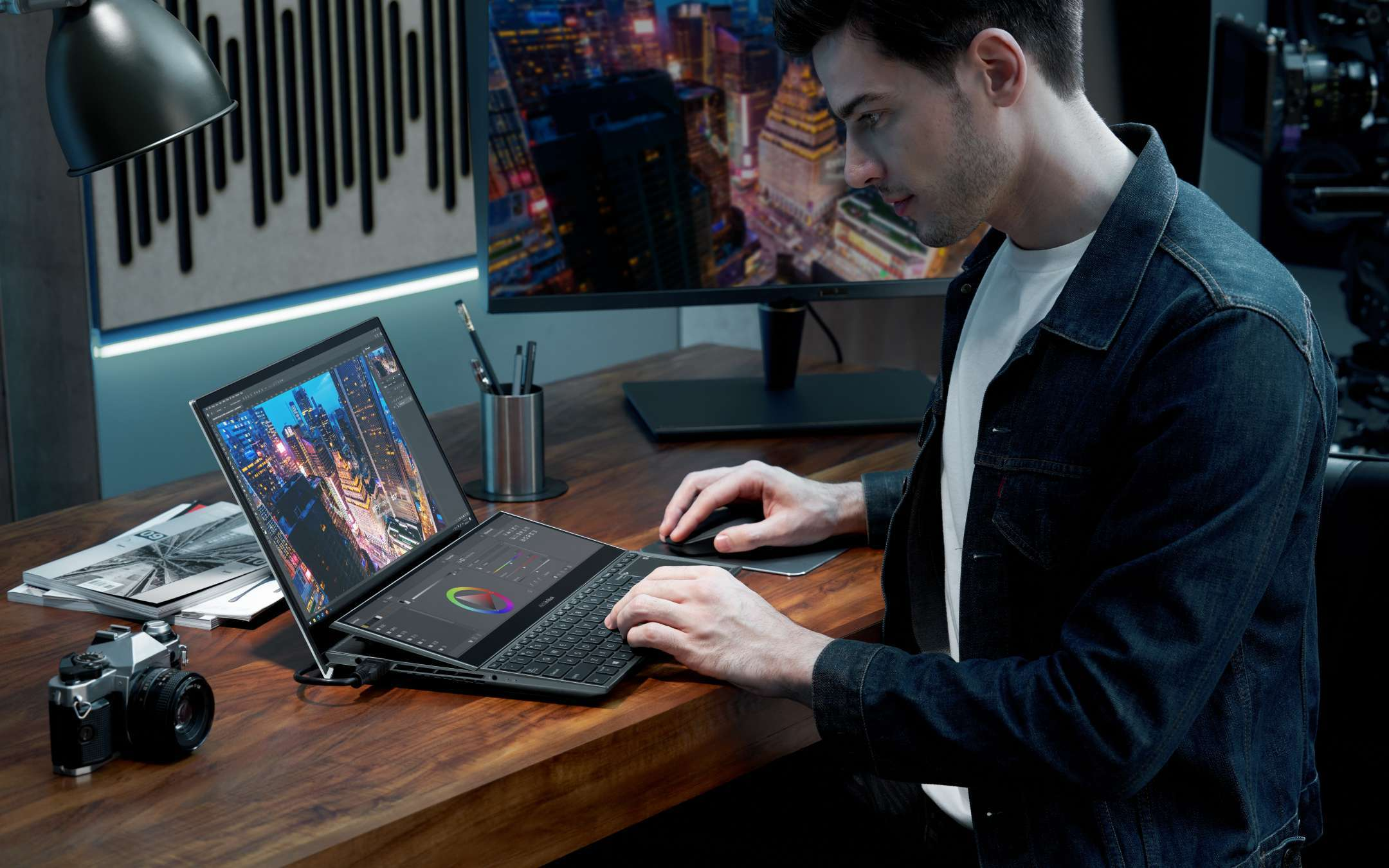 CES 2021: ASUS ZenBook Duo with dual screens